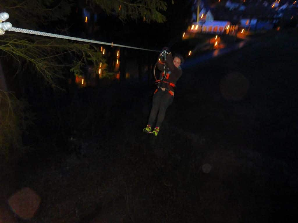 Ziplining by night in Berlingen