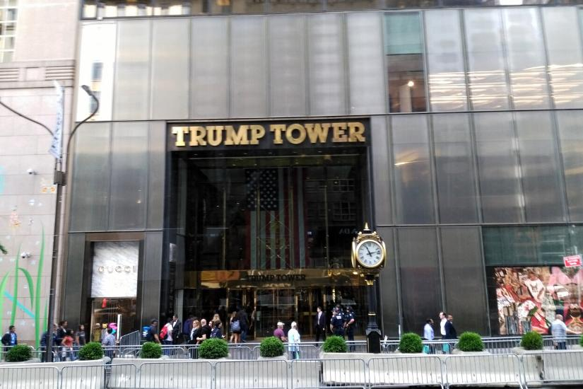 Eingang des Trump Towers in New York